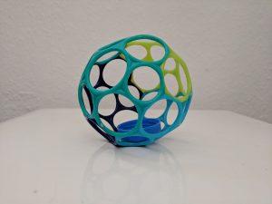 kinderspielzeug-runder-greifball