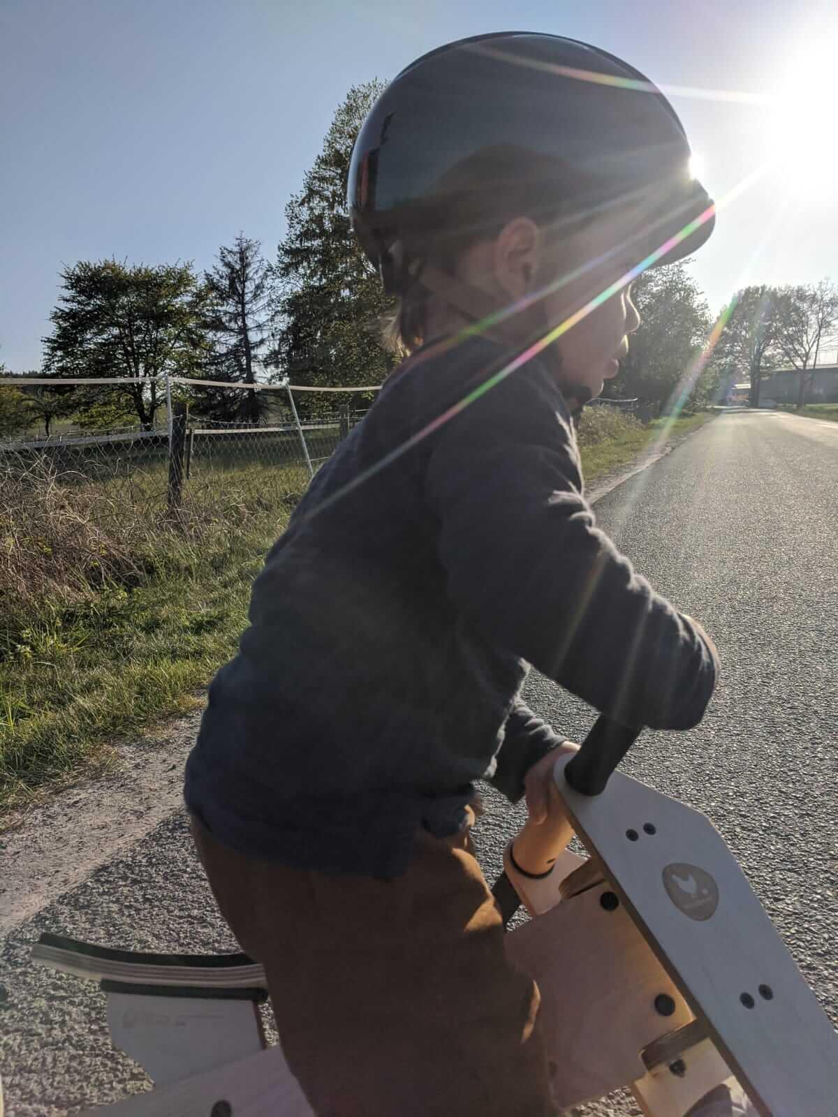 hugo-wishbone-bike
