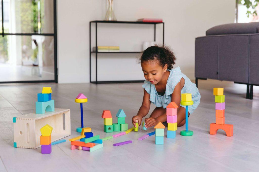 Lovevery Block Set Lernspielzeug für Kinder – Header Grafik